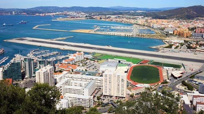 gibraltar-shopping-tour-3