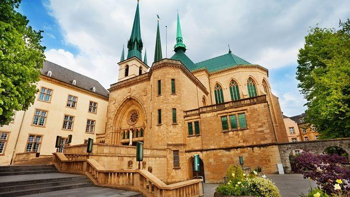 luxembourg-free-walking-tour-3