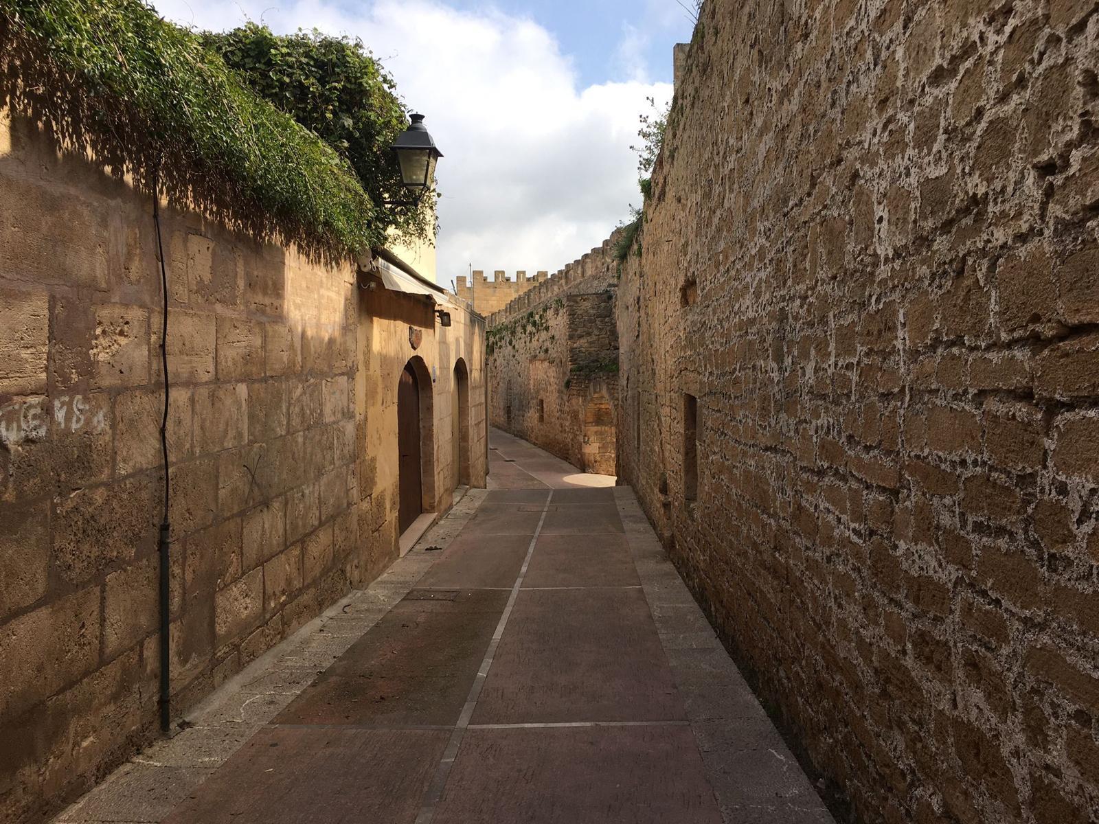 Alcudia-Free-Walking-Tour-12