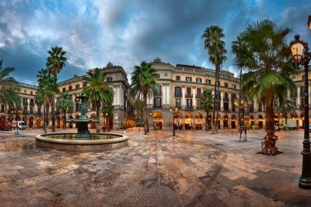 plaza-real.jpg