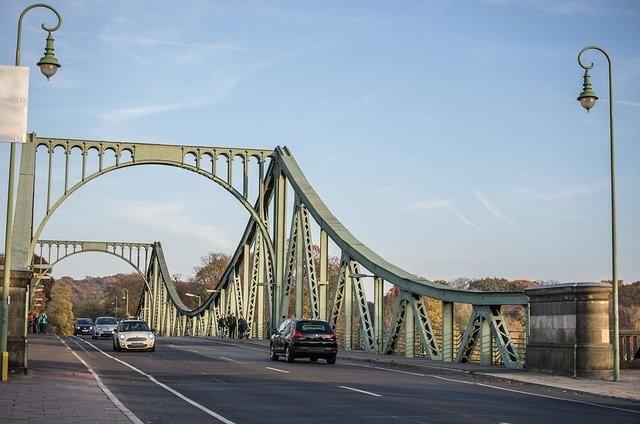 bridge-.jpg