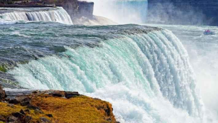 niagara-falls-day-trip-from-new-york-5
