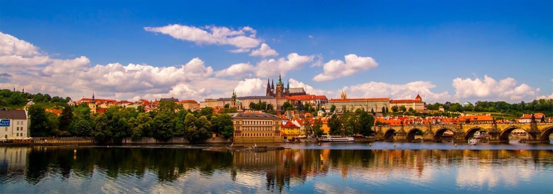 Castillo de Praga con entradas
