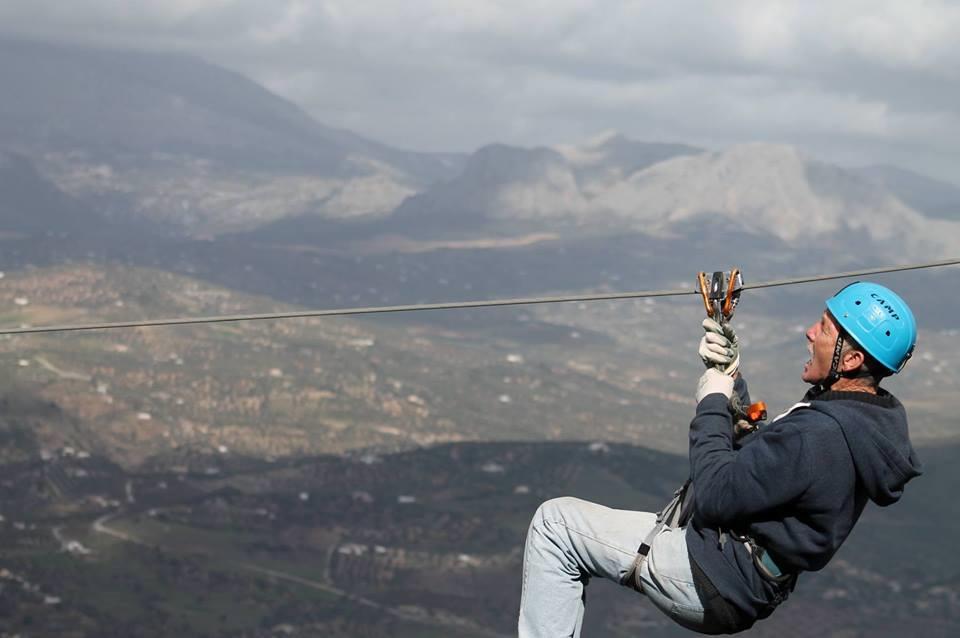 Spanish-Longest-Zipline-436m-in-Comares-7