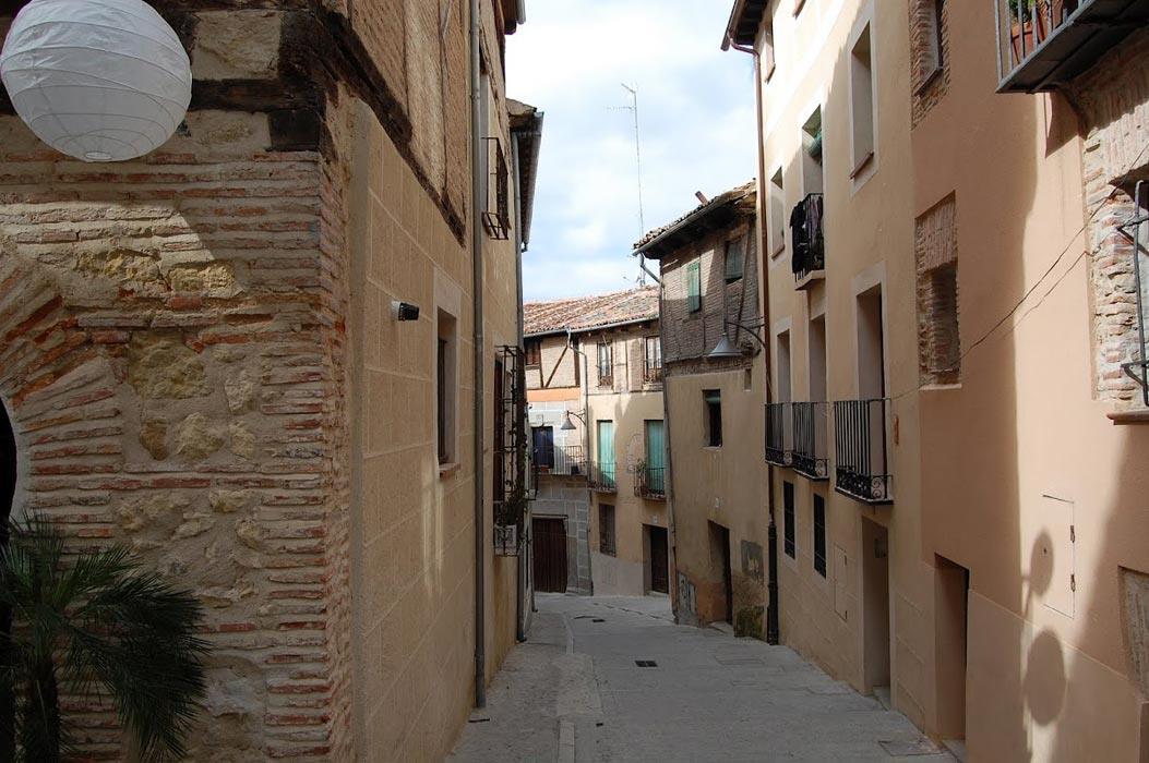 Free-Tour-Catedral-y-Alcazar-de-Segovia-7