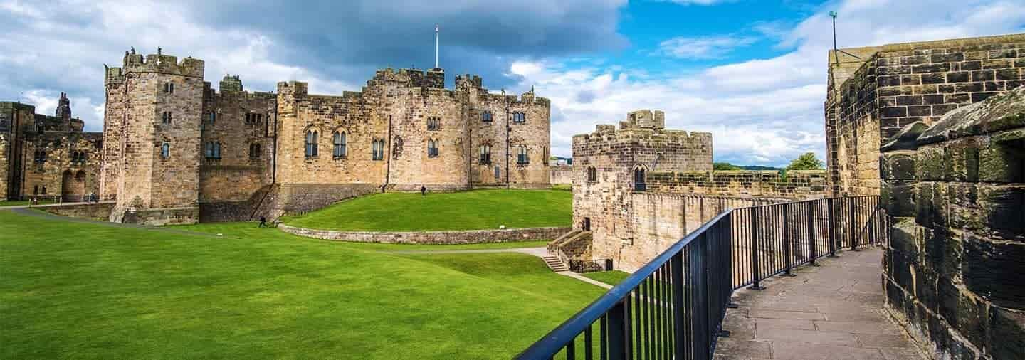 Harry Potter and English Castles Tour