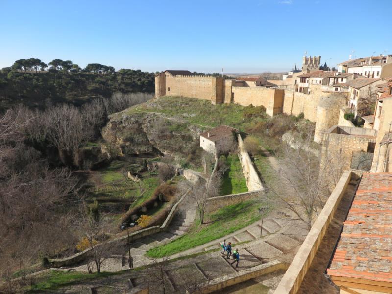 Free-Tour-Catedral-y-Alcazar-de-Segovia-8