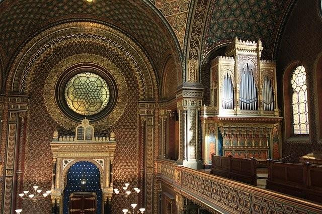 harlem-gospel-church-and-new-york-contrasts-tour-9