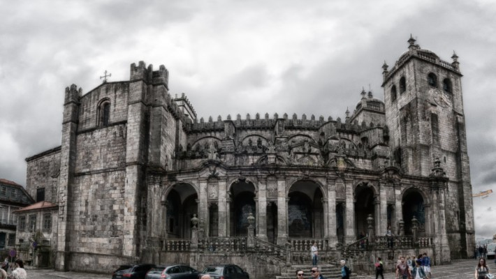 oporto-day-trip-from-santiago-2