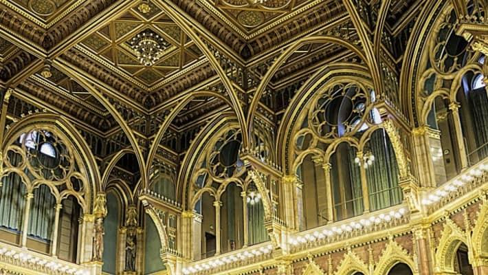 budapest-parliament-tour-5