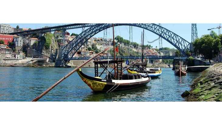 oporto-day-trip-from-santiago