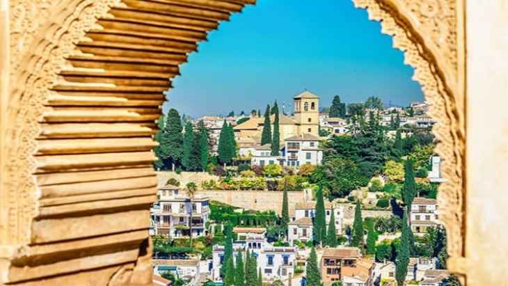alhambra-of-granada-and-generalife-tour-2