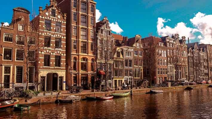 amsterdam-canal-cruise-1