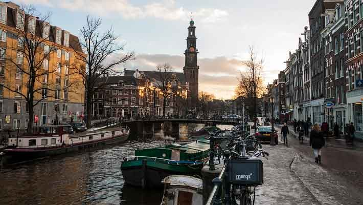 amsterdam-canal-cruise-4