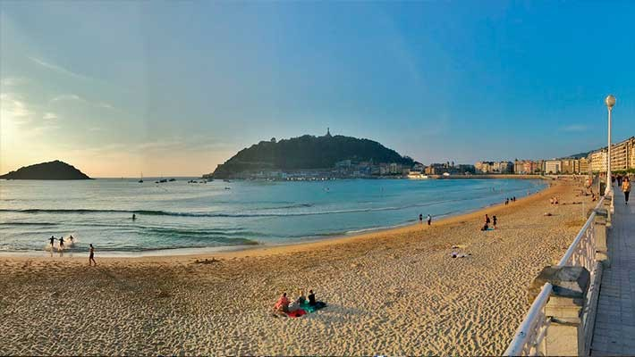 modern-san-sebastian-free-walking-tour-3