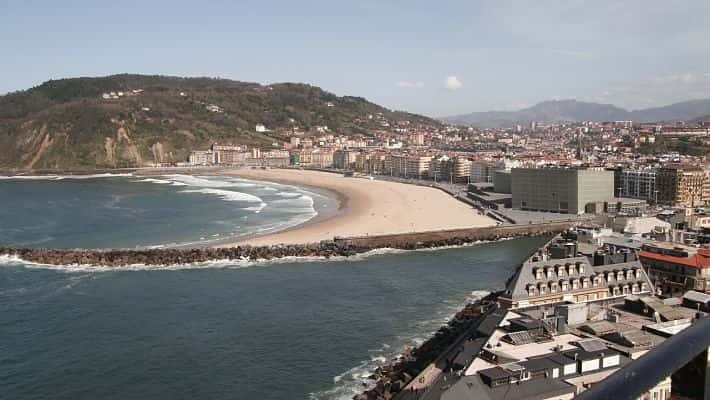 modern-san-sebastian-free-walking-tour-4