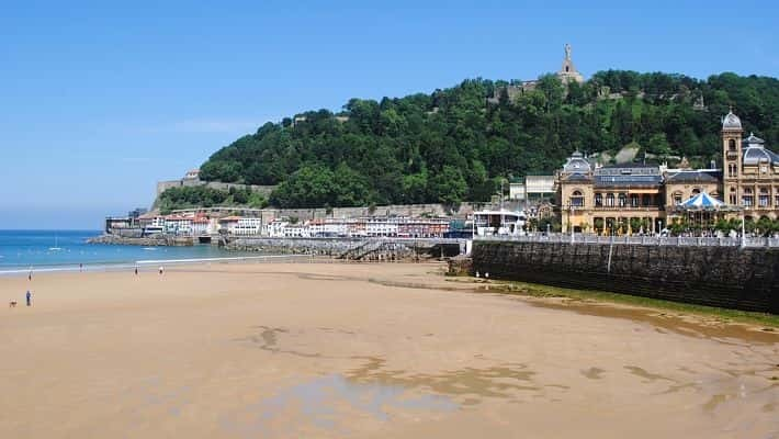modern-san-sebastian-free-walking-tour-5