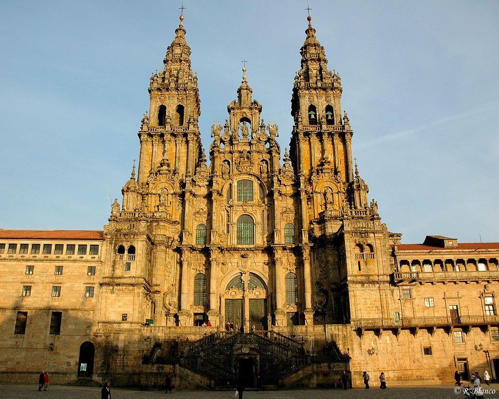 Historic-downtown-tour-Santaigo-de-Compostela-2