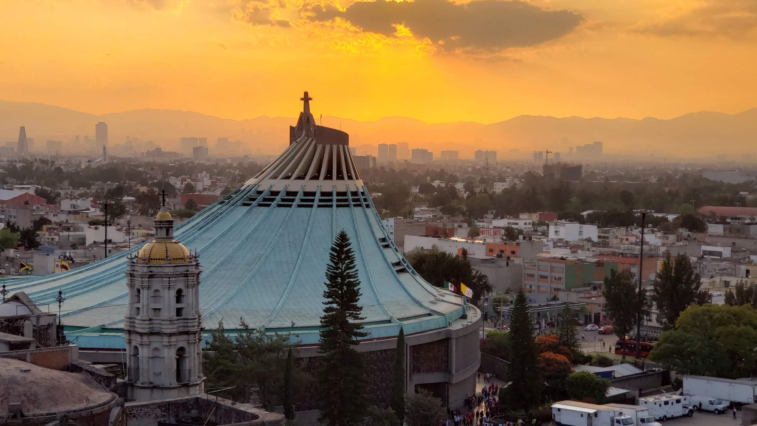 Free-Walking-Tour---Basilica-de-Guadalupe-14