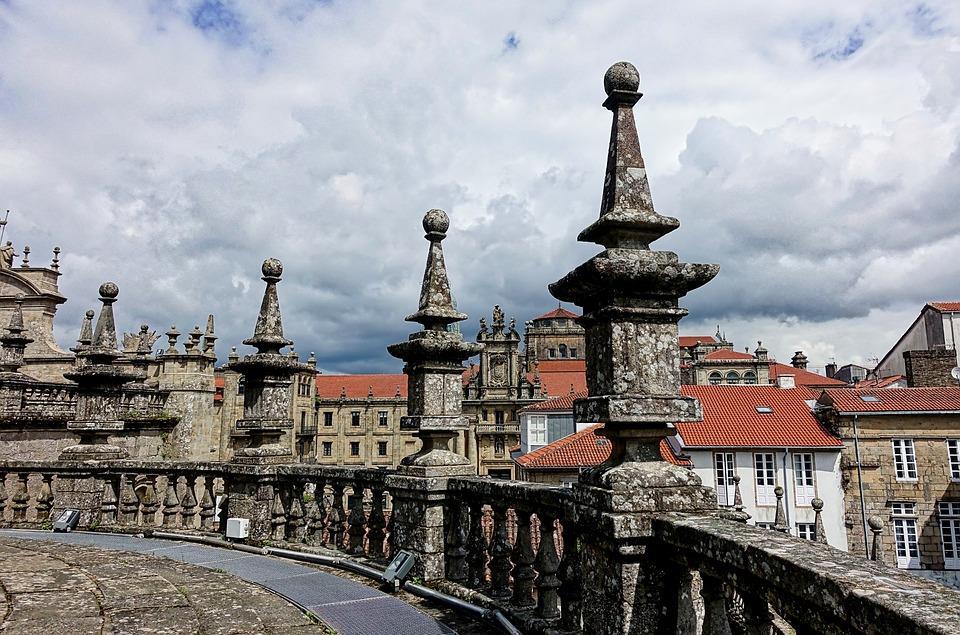 Historic-downtown-tour-Santaigo-de-Compostela-3