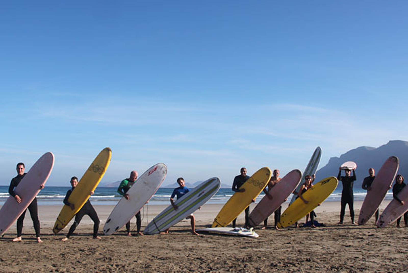 Surf-para-principiantes-en-Famara-1