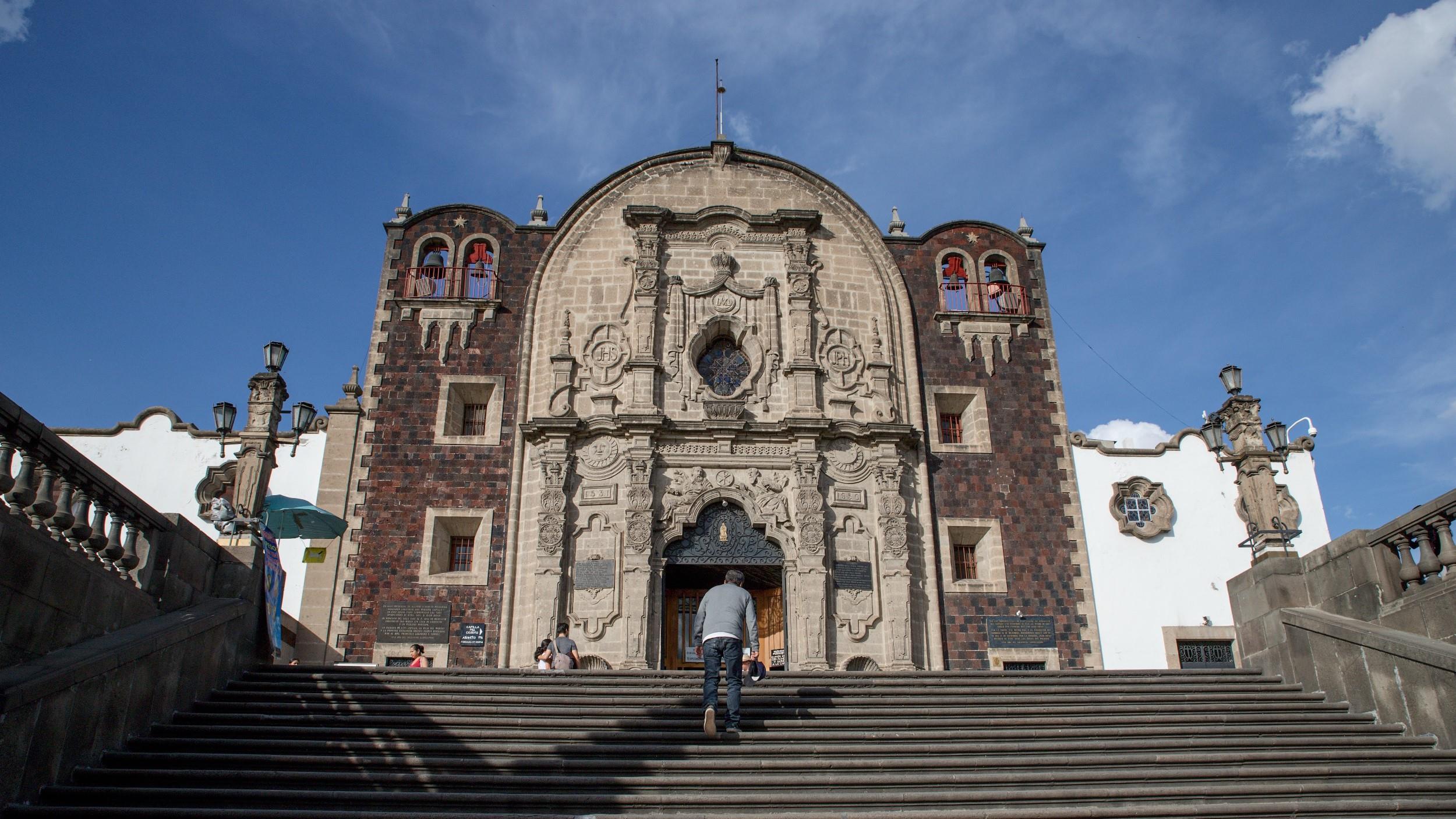 Free-Walking-Tour---Basilica-de-Guadalupe-6
