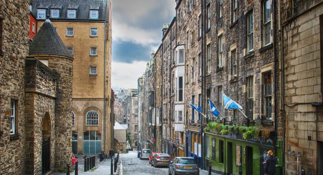 Old-City-of-Edimburgo-free-walking-tour-1