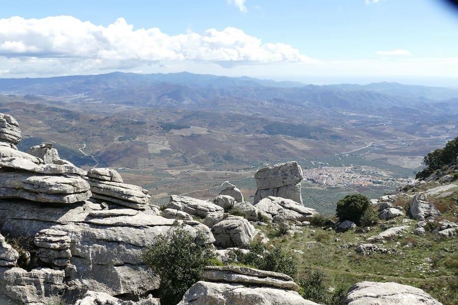 Visita-al-Paraje-Natural-Torcal-de-Antequera-1