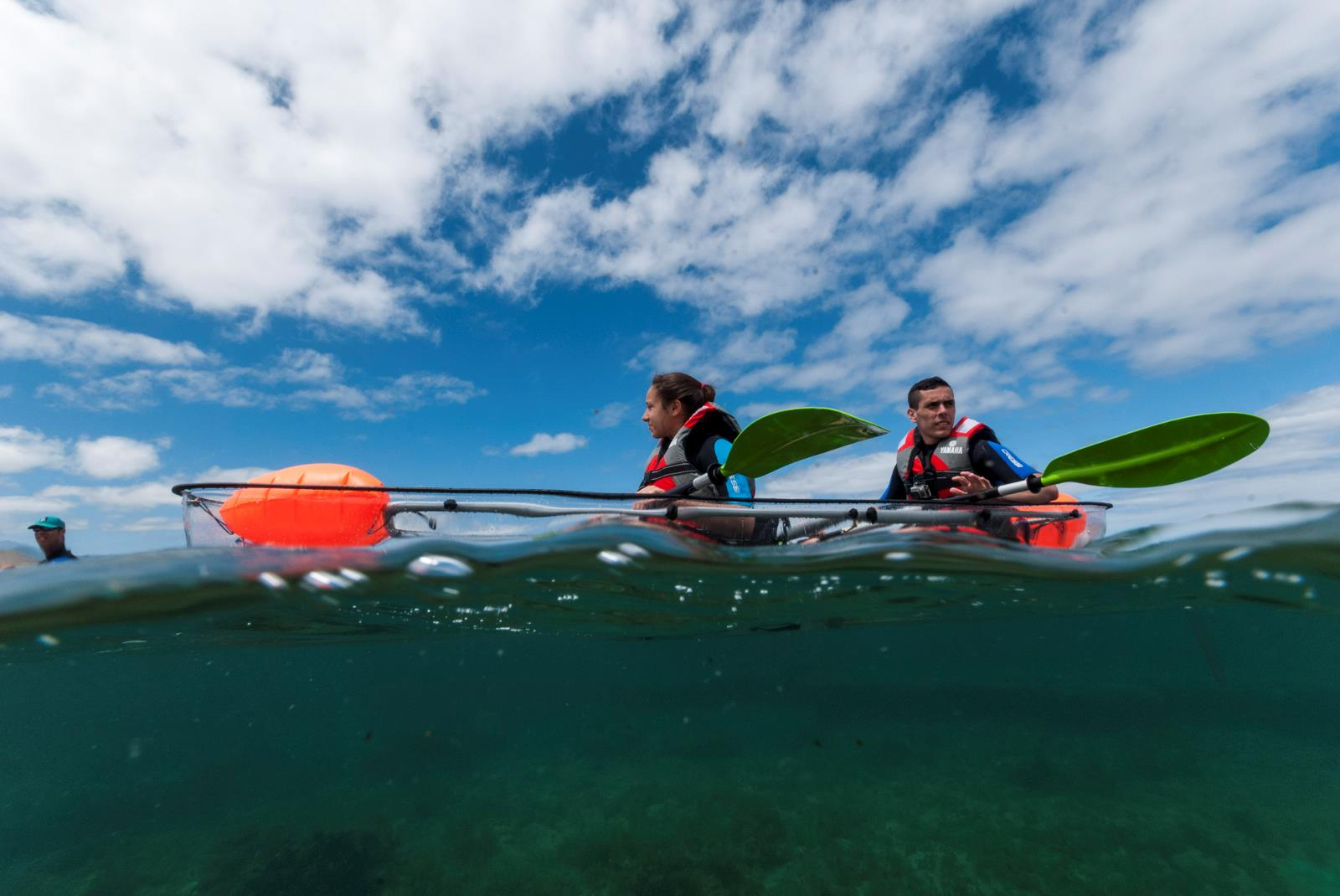 Tour-Clear-Kayak-in-Las-Canteras-with-Snack-1