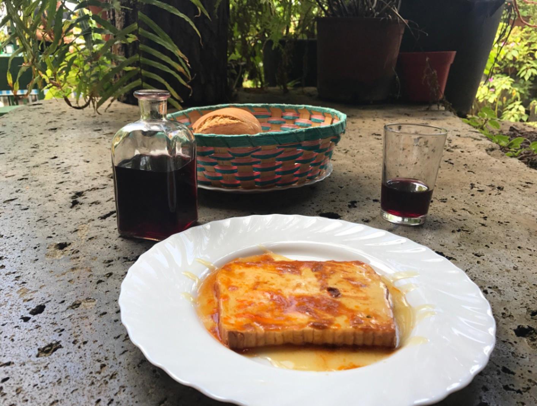 Guachinche-4-hour-Gastronomic-Tour-in-Tenerife-2