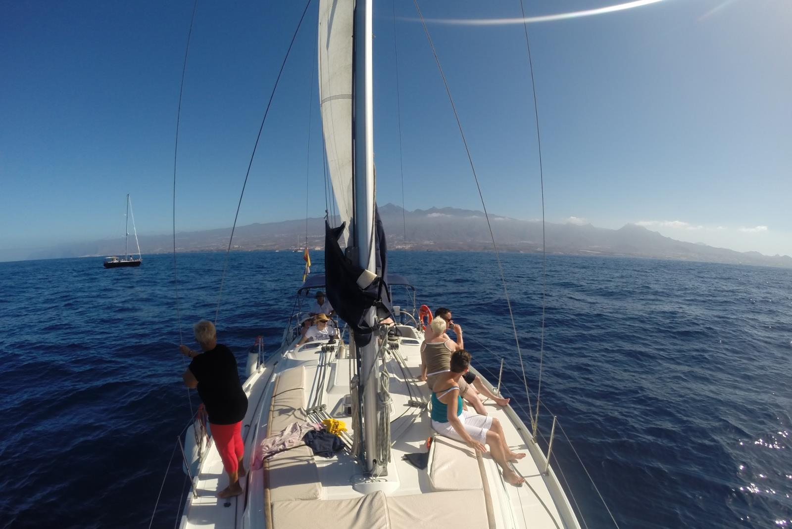 Paseo-en-velero-por-la-costa-sur-de-Tenerife-2