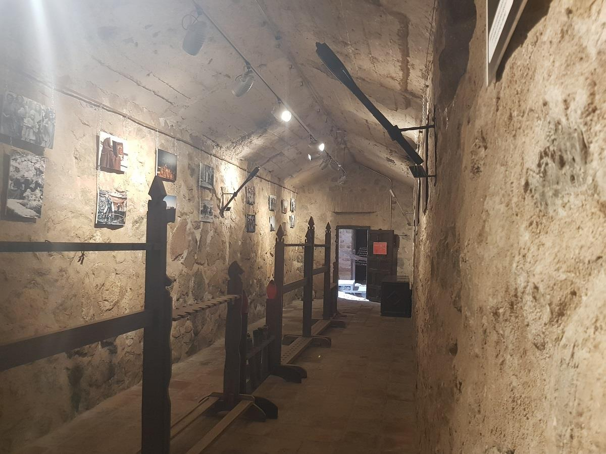 Offer:-Museum,-Castle,-Windmills-of-Consuegra-13