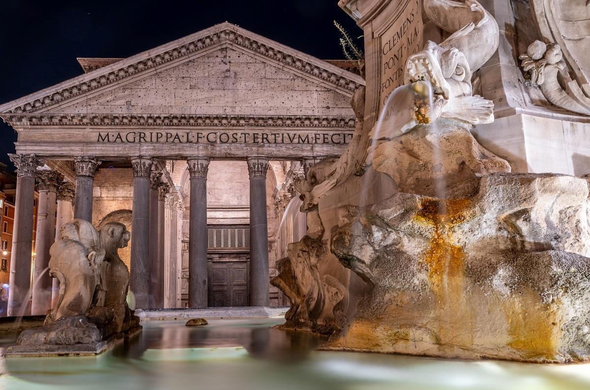 Night Rome free tour