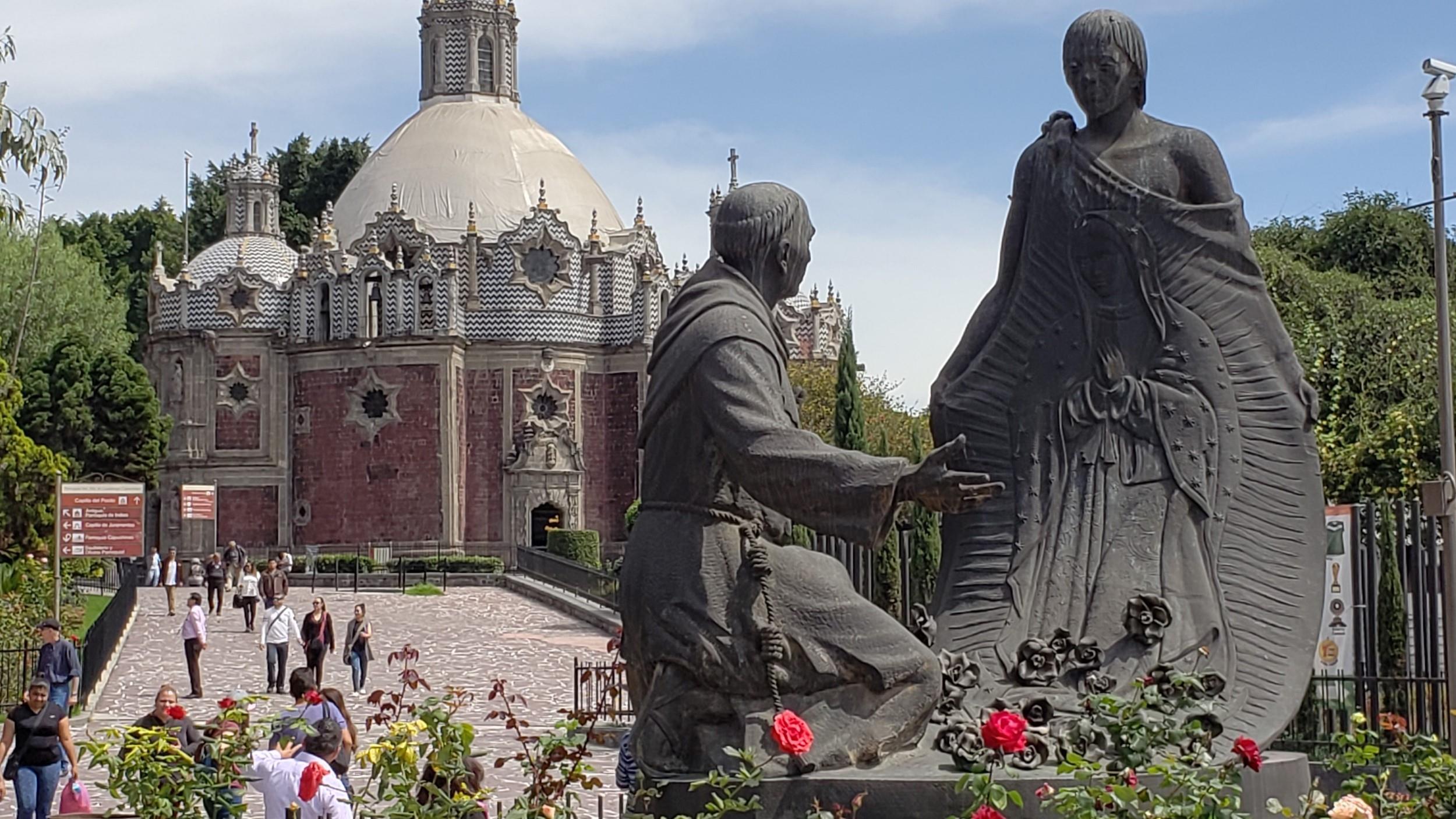 Free-Walking-Tour---Basilica-de-Guadalupe-8