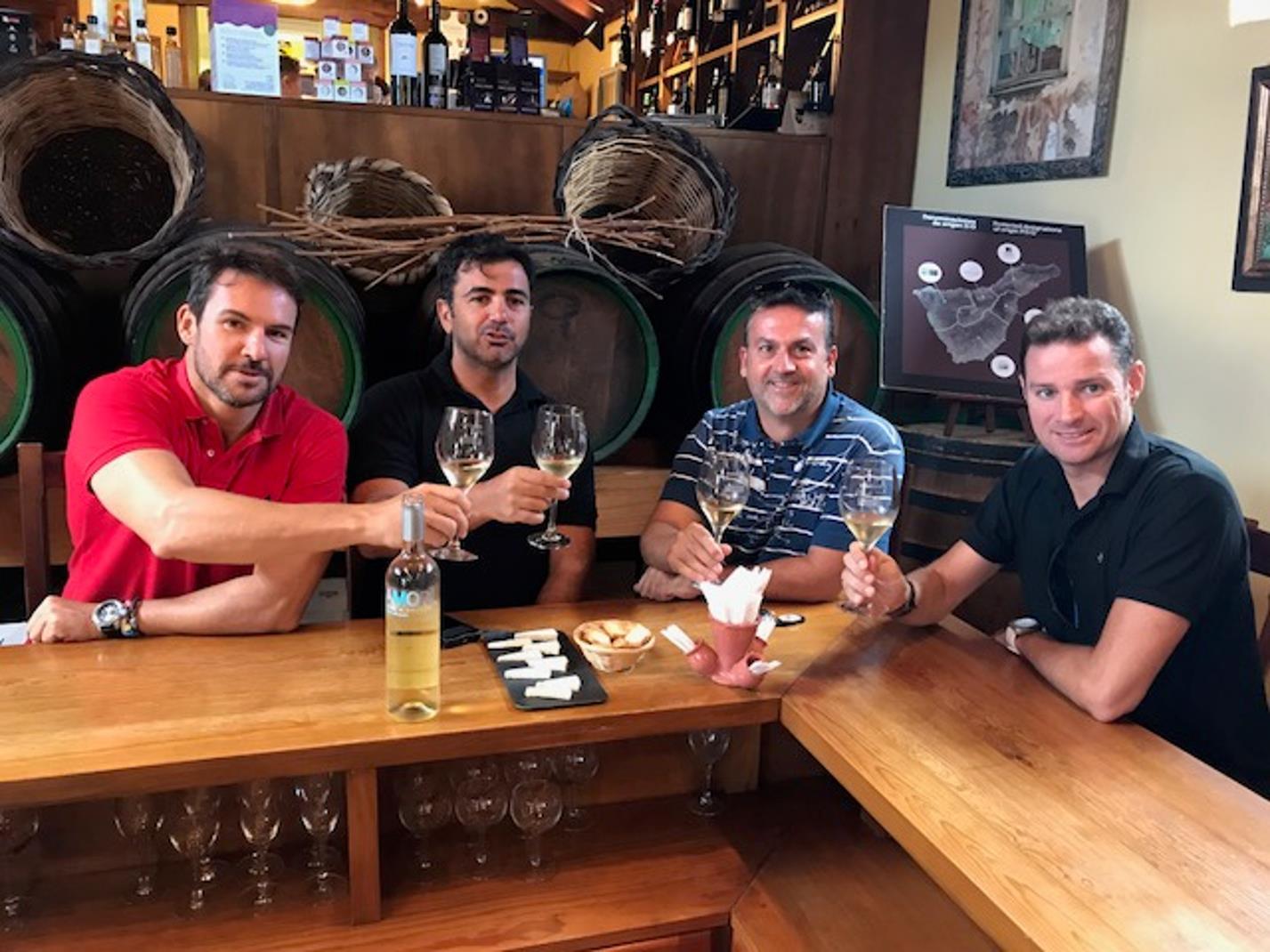 Guachinche-4-hour-Gastronomic-Tour-in-Tenerife-5