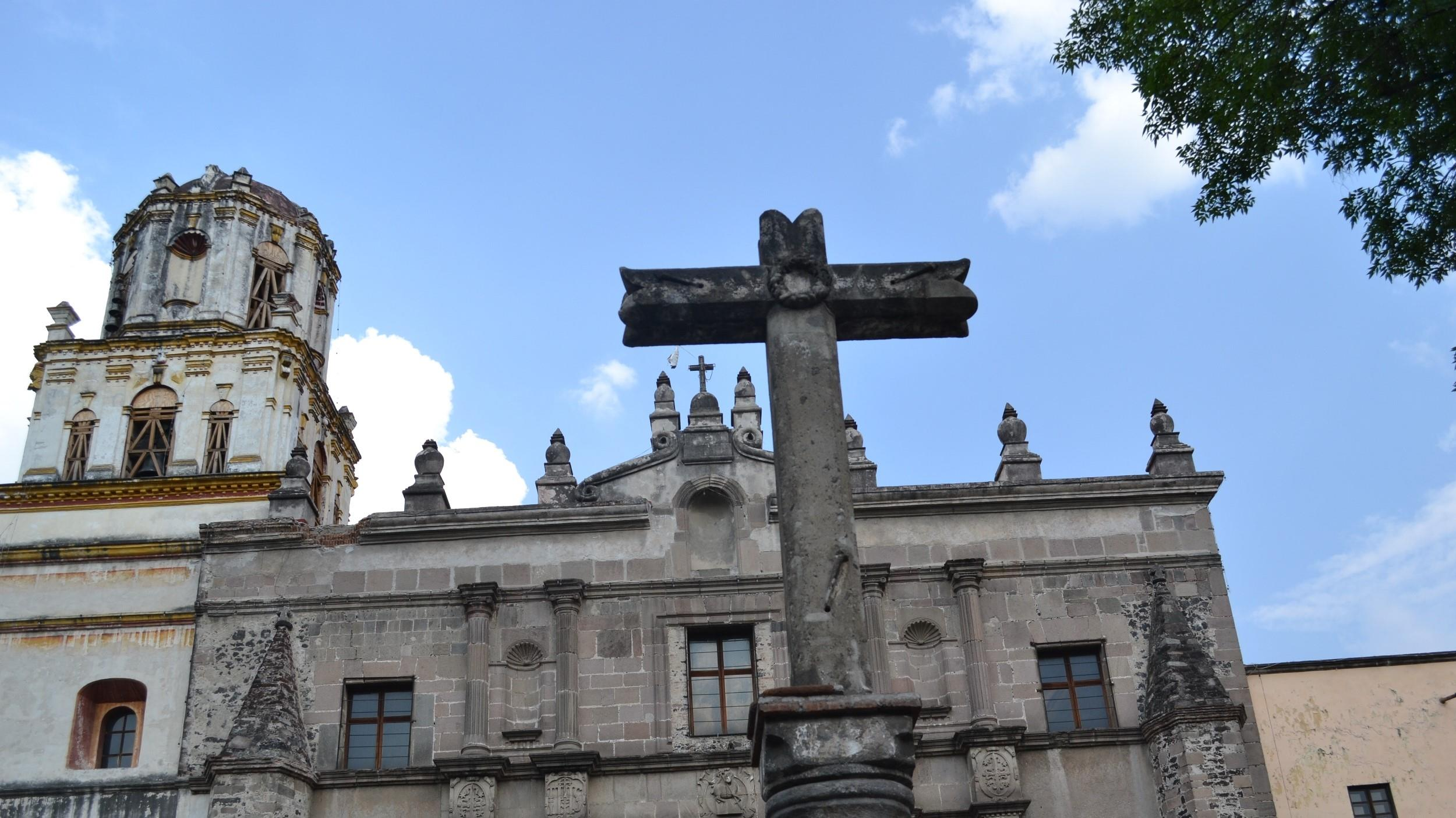 Free-History-&-Food-Tour-of-Coyoacan,-Mexico-City-11