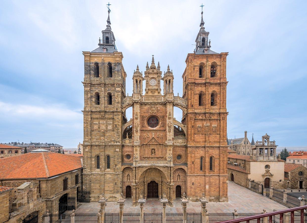 Excursion-to-Astorga-from-Leon-1