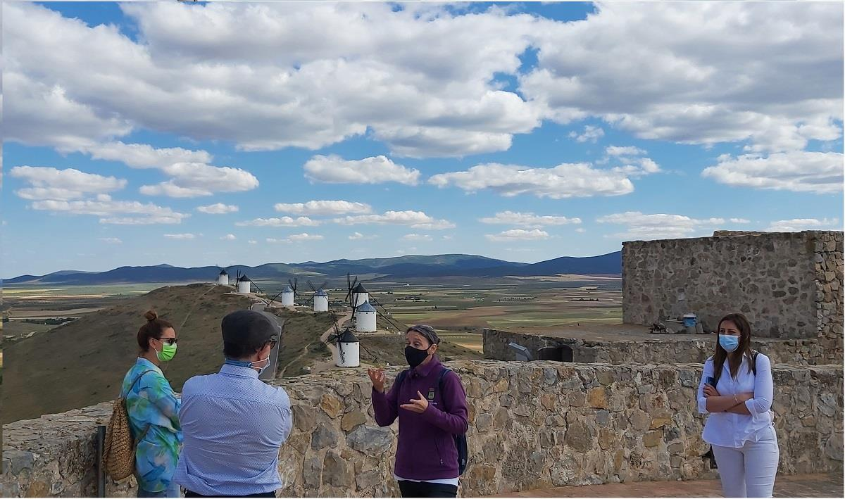 Offer:-Museum,-Castle,-Windmills-of-Consuegra-9