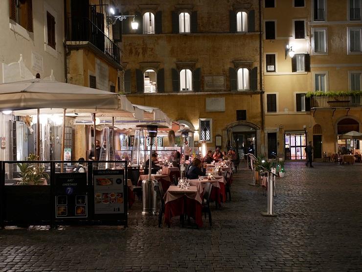 Free-tour-La-Roma-Nocturna-2