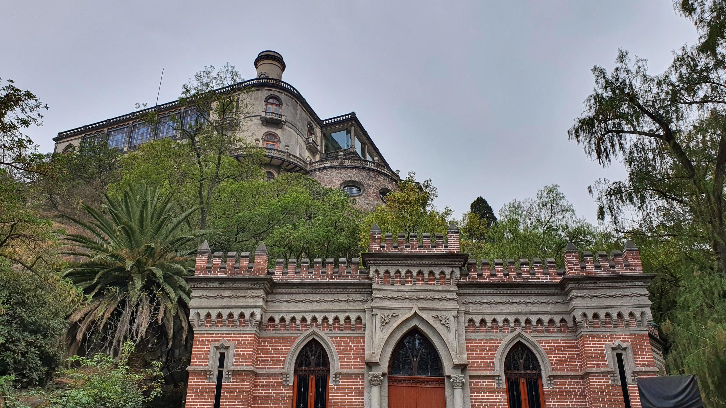 Free Walking Tour of Chapultepec Park, Mexico City