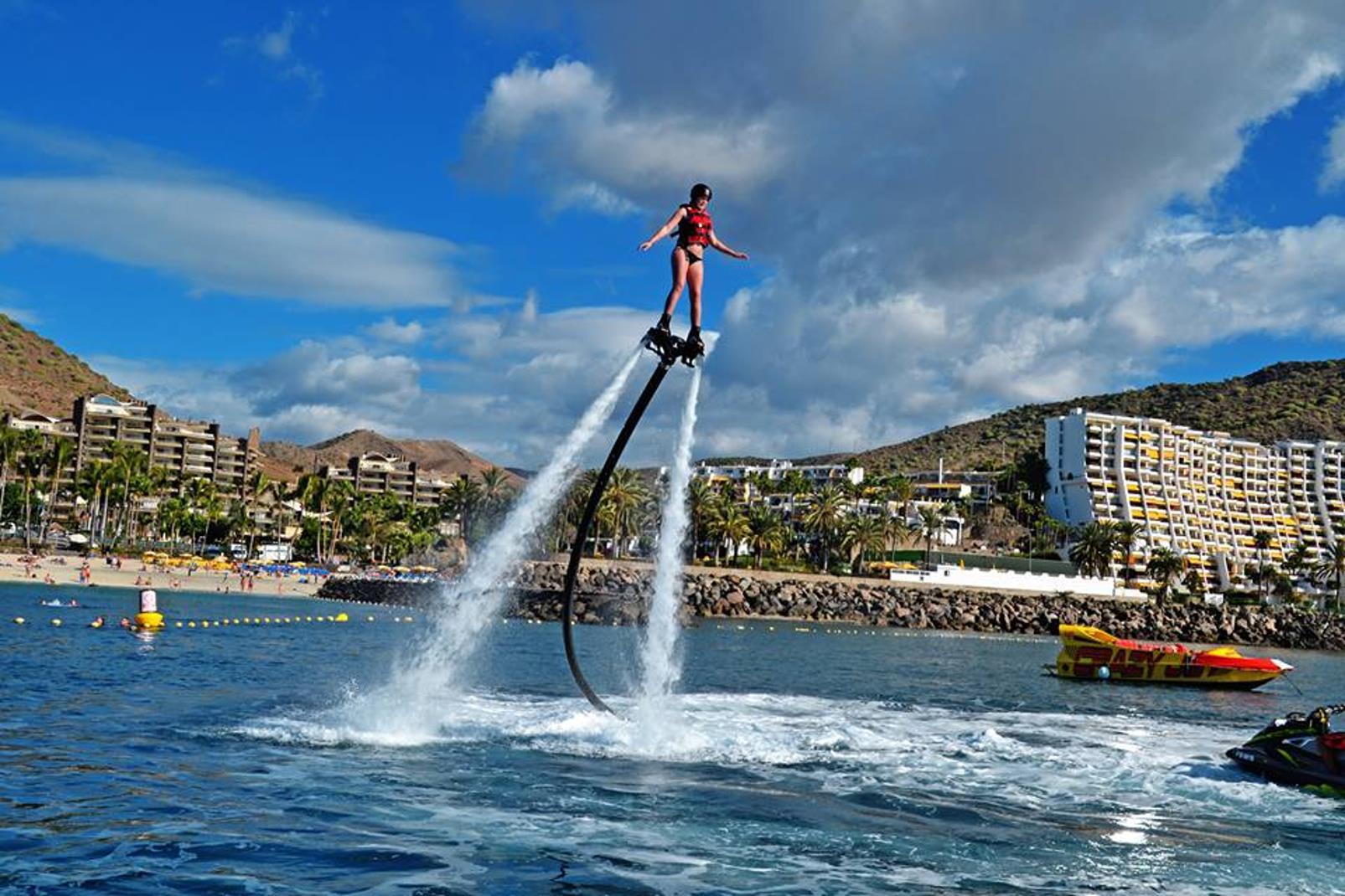 Flyboarding-en-Anfi-del-Mar-1
