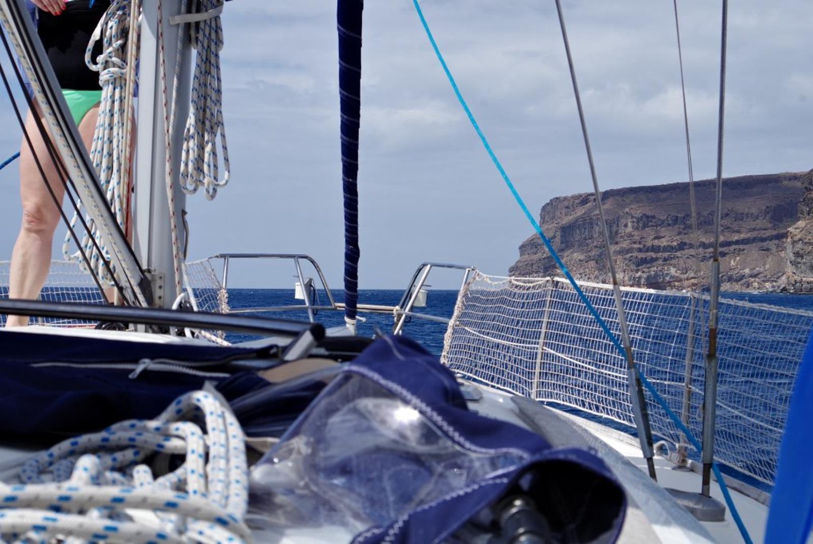Sailing-Boat-Trip-from-Puerto-de-Mogan-3