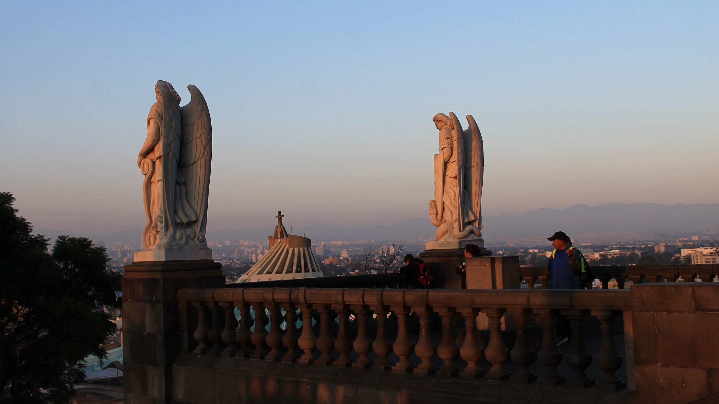 Free Walking Tour - Basilica de Guadalupe