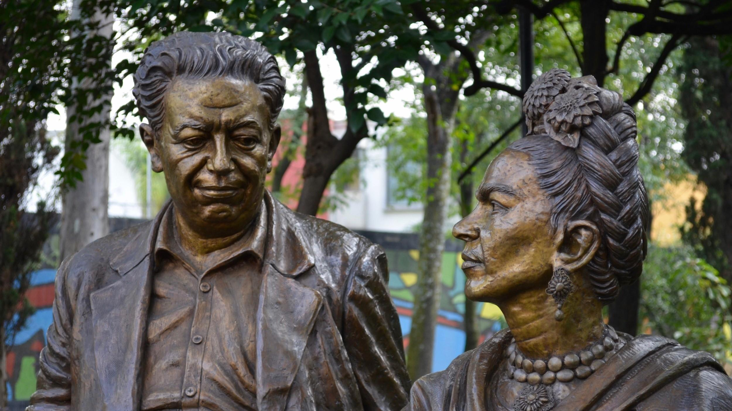 Free-History-&-Food-Tour-of-Coyoacan,-Mexico-City-3