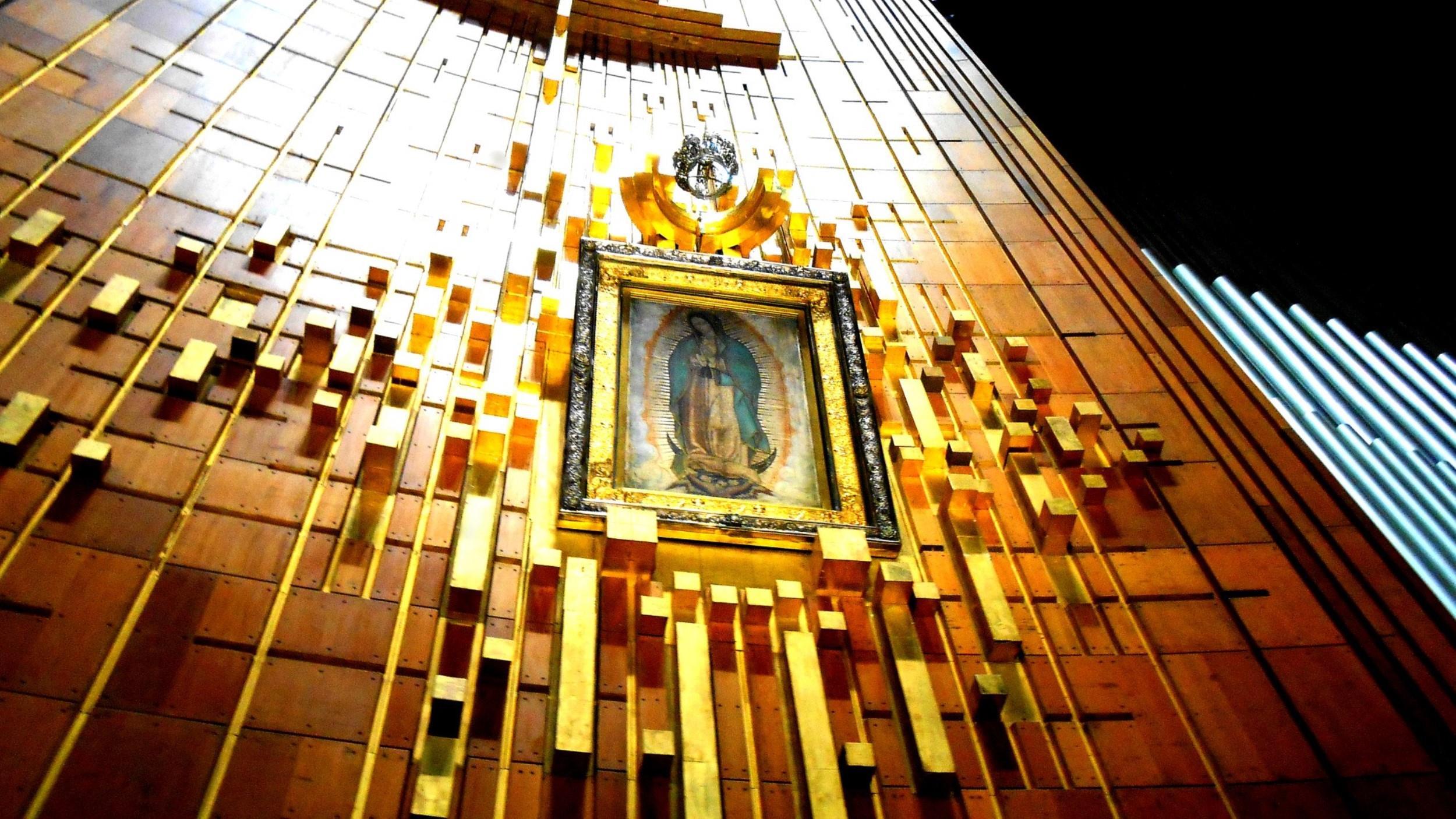 Free-Walking-Tour---Basilica-de-Guadalupe-2