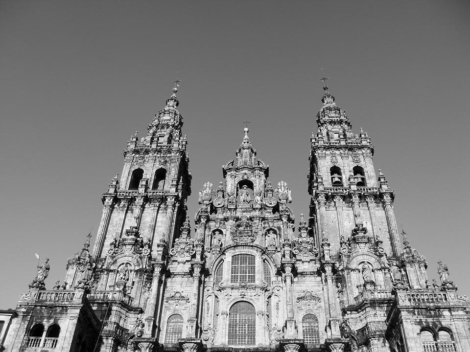 Historic-downtown-tour-Santaigo-de-Compostela-1