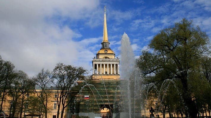 st.-petersburg-free-walking-tour-2