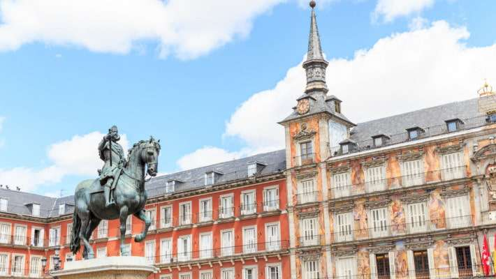 madrid-literary-quarter-free-walking-tour-1