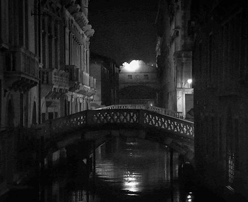 venecia-nocturna.png