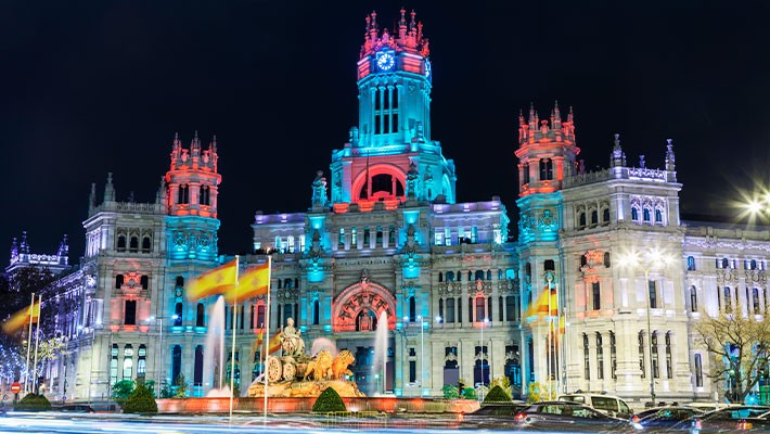 madrid-christmas-lights-by-bus-tour-1